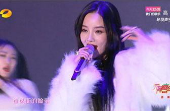 李小璐唱歌跳舞演技均备受质疑
