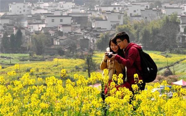 江西:政府力推乡村旅游经济 为脱贫辟新径